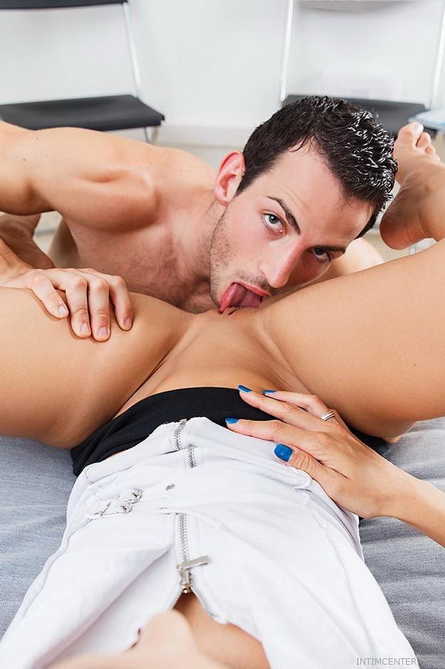 Kunnilingváció, nyalás és csikló ingerlés mesterfokon