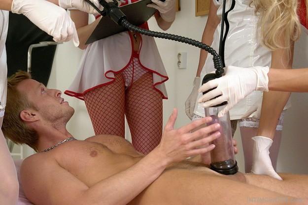 A péniszpumpák kínálatából a Bathmate termékek egyre népszerűbbek